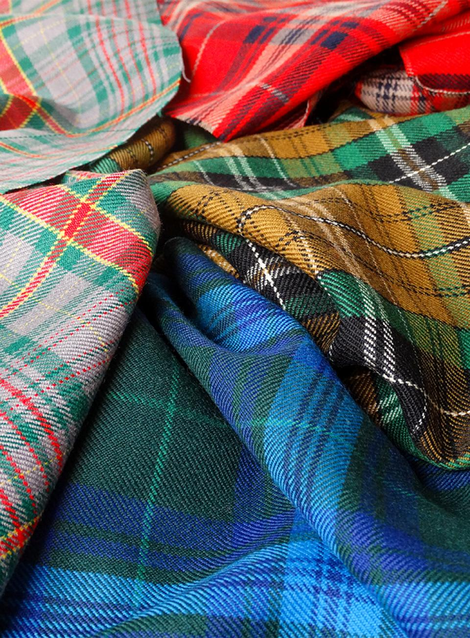 1kg Bag of Assorted Tartan Offcuts