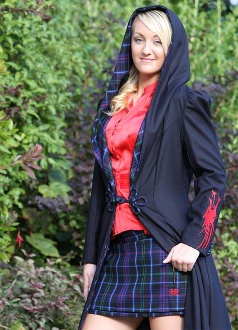 Ladies Celtic Clogyn / Robe